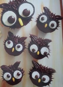 Coruja Hello Cupcake
