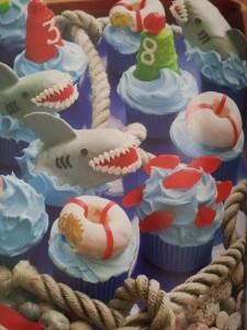 Tubarão Hello Cupcake