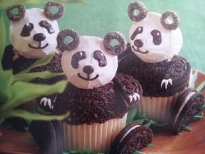 Pandas Hello Cupcake