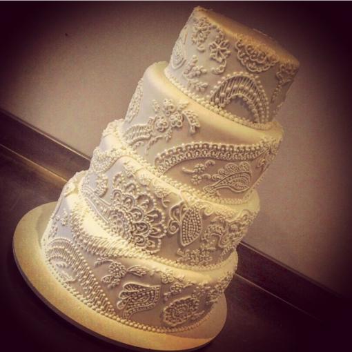 bolo de casamento rendado wondercakes